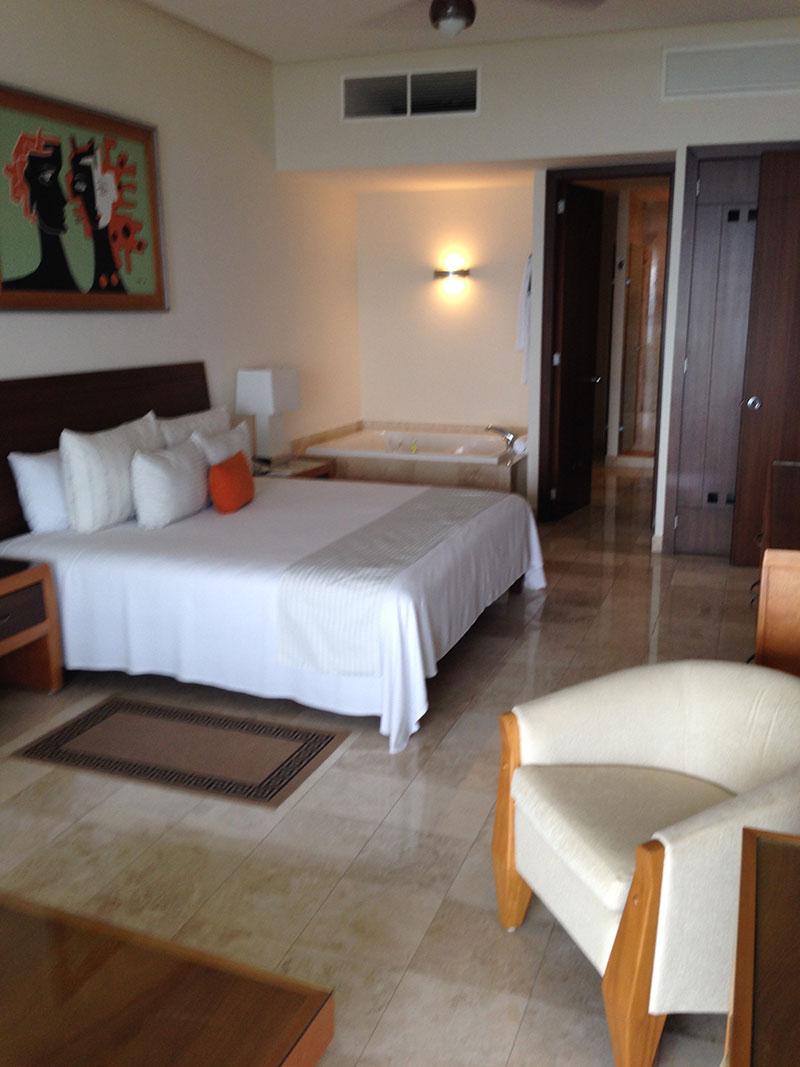grand-mayan-1-bedroom-bed