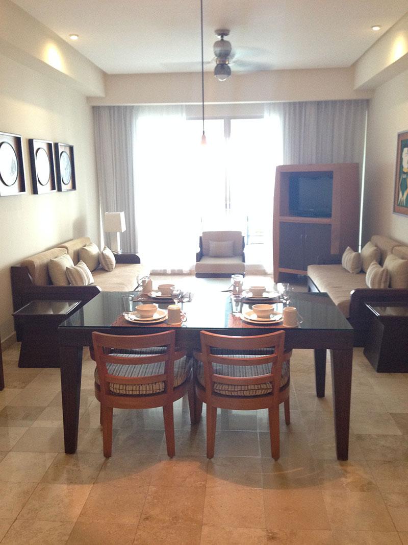 grand-mayan-1-bedroom-living-room