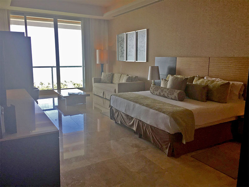 grand-luxxe-suites-grand-luxxe-studio-bedroom-2