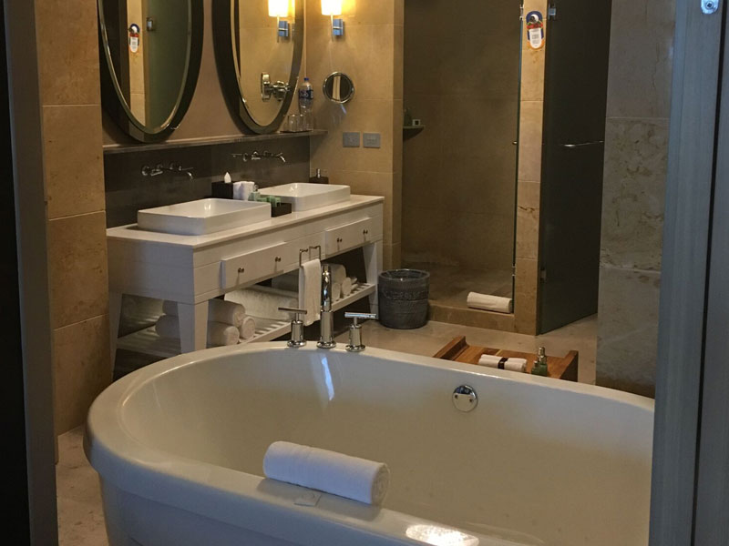 grand-luxxe-residence-2-bath