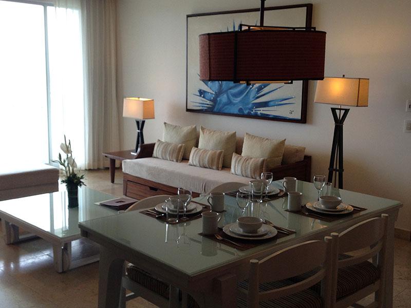grand-bliss-1-bedroom-living-room