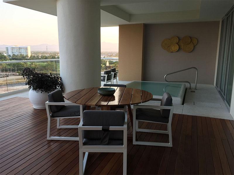 grand-luxxe-residence-3-bedroom-loft-6