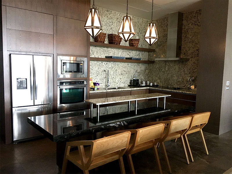 grand-luxxe-residence-4-bedroom-kitchen