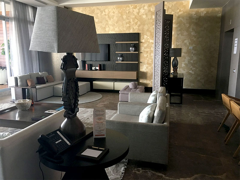 grand-luxxe-residence-4-bedroom-living-room