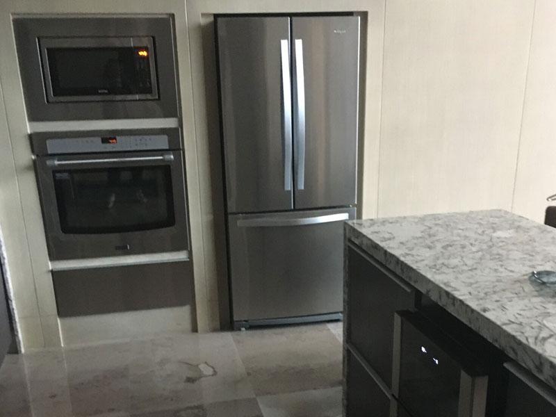 grand-luxxe-residence-2-fridge