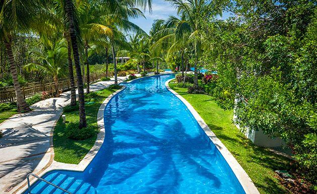 grand-mayan-pool